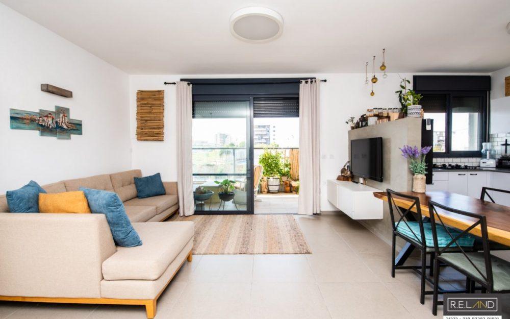דירת 4 חדרים עם נוף פתוח, בחרישחדש