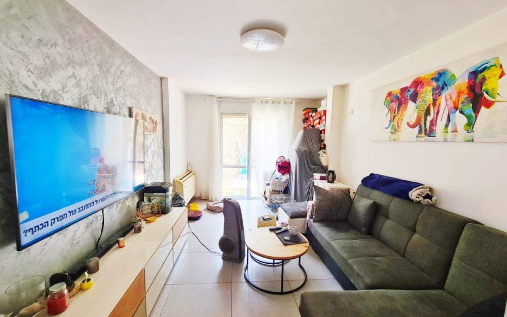דירת 3 חדרים למכירה בפרדס חנה!!!חדש